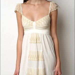 Kimchi Blue White and Ivory Lace Top NWOT